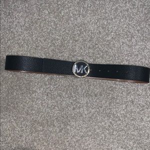 Michael Cors tan/black reversible belt